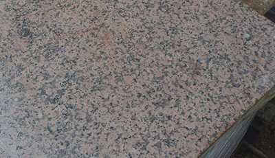 Reclaimed Granite Slabs – Pink